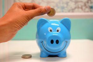 Dlaczego warto oszczędzać i inwestować w tym samym czasie