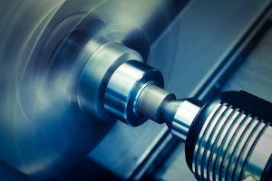 Toczenie CNC a metody konwencjonalne – podobieństwa i różnice
